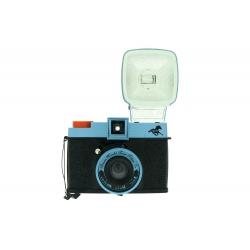 Diana F+ & Flash - world...